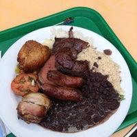 Снимок сделан в Pampas Grill Farmers Market пользователем Fabrizio A. 12/26/2012