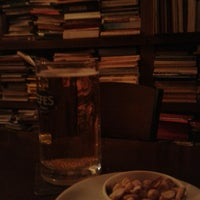 Photo taken at Tezgah Kitapevi Cafe Bar by Gamze B. on 3/3/2013
