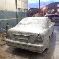 Photo taken at oto yıkama by KAAN KAYNAKCİ on 1/25/2014