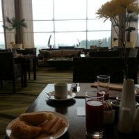 Photo taken at Hotel Monticello by Carina P. on 2/6/2013