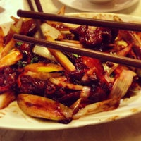 Photo taken at Jiang Shan Hui Chinese Cuisine 江山薈京川滬菜館 by Marina A. on 5/16/2013
