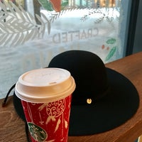 Photo taken at Starbucks by Angie 🐾 on 1/9/2017