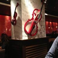 1/6/2013 tarihinde Pajch S.ziyaretçi tarafından Happy Bar & Grill'de çekilen fotoğraf
