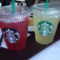 8/5/2013 tarihinde Pufi P.ziyaretçi tarafından Starbucks'de çekilen fotoğraf
