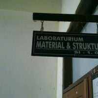 Photo taken at Lab Material & Struktur, Unand by Parmo on 12/14/2012