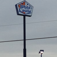 Photo taken at White Castle by Amberly Y. on 1/10/2013