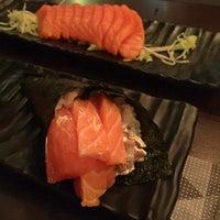 Photo taken at Temakeria Sushi Bar by Karine P. on 7/30/2017