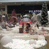 Foto tomada en El Tesoro Parque Comercial por Jose Julian A. el 12/13/2012