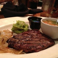 Photo taken at Outback Steakhouse by Edgar M. on 7/8/2013