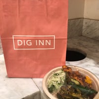 Photo prise au Dig Inn par Olga F. le9/19/2017