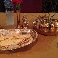 Foto tomada en Indian Palace Restaurant مطعم قصر الهند por John el 10/16/2012