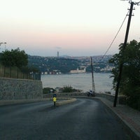 Photo taken at etiler tepe by Yağız Volkan on 7/4/2013