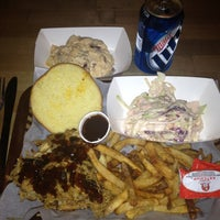 Photo taken at Pork Shoppe by Dwight P. on 11/22/2012