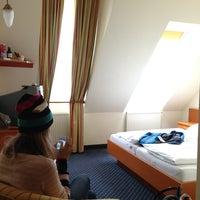 Das Foto wurde bei Suite Hotel 900m von Nikolyuk N. am 2/26/2013 aufgenommen