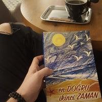 3/6/2018 tarihinde Arda Δ.ziyaretçi tarafından Kahvezen Bistro & cafe'de çekilen fotoğraf
