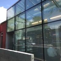 8/21/2018에 Jesse H.님이 Queens Library at Sunnyside에서 찍은 사진