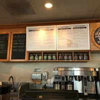 Photo taken at The Coffee Bean & Tea Leaf by Jesse H. on 12/14/2016