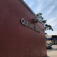 Foto tomada en Queens Library at Sunnyside por Jesse H. el 8/21/2017