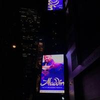 Photo prise au Aladdin @ New Amsterdam Theatre par Jesse H. le3/1/2017