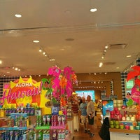 Photo taken at Bath & Body Works by Jesse H. on 4/6/2016