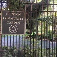 Foto scattata a Clinton Community Garden da Rita V. il 10/13/2017