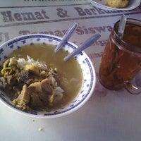 Photo taken at Soto Lamongan Cak Ngun & Cak Sodik by Teja S. on 12/19/2012
