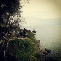 3/2/2013 tarihinde demet a.ziyaretçi tarafından Castle Cafe & Bistro'de çekilen fotoğraf