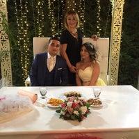 Photo taken at Balçova Termal Otel Palmiye Düğün Alanı by Nagehan I. on 9/21/2017
