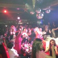 5/12/2013 tarihinde Ahmet İskender (.ziyaretçi tarafından Galata Ustad Cafe&Bar'de çekilen fotoğraf