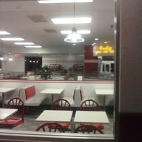 Photo taken at In-N-Out Burger by Anthony P. on 5/25/2013