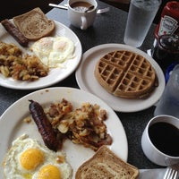 Photo taken at Thumbs Up Diner by Laura D. on 12/26/2012