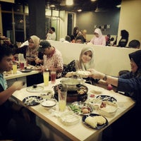 Photo taken at Kapten Steamboat & Grill by Amirul Akmal D. on 12/24/2012