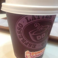 Photo taken at Dunkin' Donuts by Karimooh A. on 6/9/2017