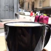 3/27/2018 tarihinde Merve U.ziyaretçi tarafından 1 Kahve'de çekilen fotoğraf