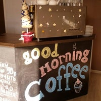 Foto diambil di Good Morning Coffee oleh Олег С. pada 12/31/2012