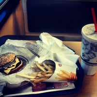 Photo taken at Burger King by Dewayne C. on 5/19/2013