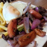 Photo taken at Aleja Restaurante Peruano by Claudio M. on 11/13/2015