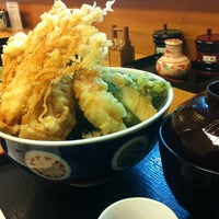 Photo taken at 天丼屋 平右衛門 by Tomoko T. on 10/15/2013