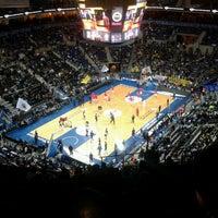 Foto tirada no(a) Ülker Spor ve Etkinlik Salonu por Caner G. em 10/31/2013