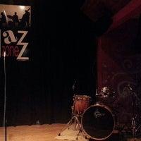 Foto scattata a Jazz Zone da Paulo M. il 3/21/2013
