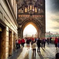 5/23/2013 tarihinde Oleg B.ziyaretçi tarafından Karl Köprüsü'de çekilen fotoğraf