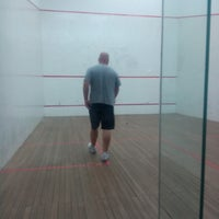 Photo taken at Tennis 25 -Sports Club by Edo F. on 8/27/2014