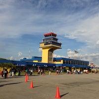 Photo taken at Aeropuerto Internacional Jacinto Lara (BRM) by Rob V. B. on 11/6/2012