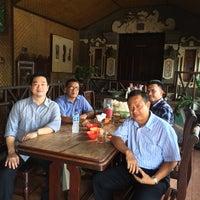 Photo taken at Rumah Makan Padang Tegaltamu by H | E | N | R | Y on 4/17/2014