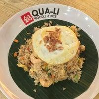 Photo taken at Qua-Li Noodle & Rice by Henry Setiawan on 9/6/2016