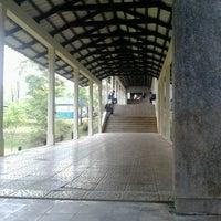 Photo taken at Gedung C Universitas Andalas by Dany J. on 4/22/2013