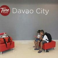Photo taken at Tune Hotels Davao by Judeza B. on 11/7/2014