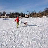 Снимок сделан в Среднее Суздальское озеро пользователем Константин Л. 3/3/2013