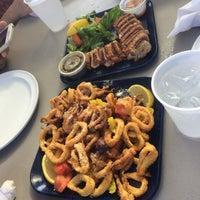 Снимок сделан в Jazzy's Mainely Lobster пользователем Yi-Hsiu C. 12/26/2015