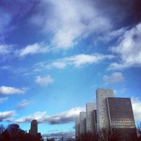 Photo prise au Empire State Plaza par Arc Z. le12/11/2012